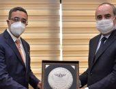 وزير الطيران يستقبل السفير الهندى لبحث أوجه التعاون بين البلدين