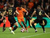 فان دايك وديباي يسجلان في تقدم هولندا ضد جبل طارق 3 / 0 فى تصفيات المونديال