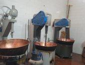 """ضبط مصنع لحلوى المولد بدون ترخيص يخزن """"مواد خام مجهولة المصدر"""" في المنوفية"""
