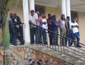 الجماهير الأوغندية تتابع مران المصري فى كامبالا.. صور