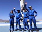 على متن صاروخ.. الممثل الأمريكى وليام شاتنر يقفز إلى الفضاء برحلة بلو أوريجين