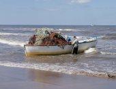 الرزق على الله.. يوميات الصيادين فى شواطئ بورسعيد.. صور