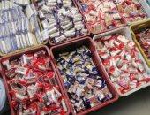ضبط حلوى مجهولة المصدر ومواد بترولية قبل بيعها فى السوق السوداء بالدقهلية