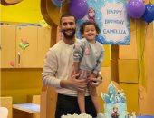 باسم مرسى نجم سيراميكا يحتفل بعيد ميلاد ابنته كاميليا