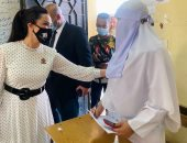 النائبة غادة على تنظم قافلة طبية بـ60 طبيبا للواحات برعاية الحكومة