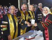 محافظ أسوان يشهد احتفالية تخريج دفعة جديدة من الأكاديمية العربية للعلوم