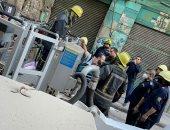 الحماية المدنية تنقذ سكان عقار باب الشعرية قبل انهياره بدقائق.. صور