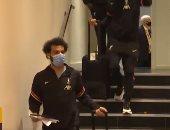 """شاهد لحظة وصول محمد صلاح ورفاقه إلى ملعب """"فيكارج رود"""" لمواجهة واتفورد.. فيديو"""