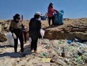 الإدارة العامة للبيئة بالبحر الأحمر تنظم حملة نظافة لجزيرتي مجاويش وسهل حشيش