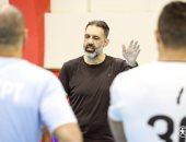 الإسبانى أريناس مدرب فراعنة اليد الجديد يظهر فى تجمع المنتخب