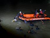 """غرق 11 طالبا وإنقاذ 10 آخرين خلال نزهة مدرسية لتنظيف نهر فى إندونيسيا """"صور"""""""
