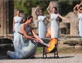 اليونان تضيء الشعلة الأولمبية لدورة الألعاب الشتوية 2022