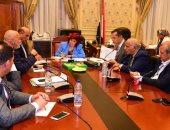 """""""سياحة البرلمان"""" تناقش معوقات القطاع مع ممثلى الاتحاد المصرى للغرف السياحية"""