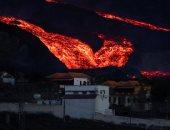 """الهروب من النار.. شبح بركان إسبانيا يأكل منازل جزر الكنارى """"ألبوم صور"""""""