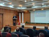 محافظ بورسعيد يستعرض مقترحا بإنشاء جسر عائم جديد بجوار كوبرى النصر