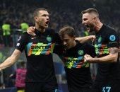 دجيكو يحتفل بأول أهدافه مع إنتر ميلان فى دورى أبطال أوروبا
