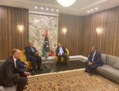 وزير الخارجية يصل العاصمة طرابلس للمشاركة فى مؤتمر دعم استقرار ليبيا