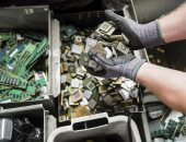بريطانيا تستعد لاستخراج المعادن الثمينة بطريقة آمنة من النفايات الإلكترونية