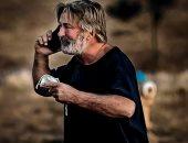 أول تعليق من أليك بلدوين بعد حادث قتله لمديرة تصوير فيلمه Rust