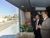 سفير باكستان يشيد ببانوراما تطوير مدينة أسوان خلال لقائه بالمحافظ.. صور
