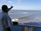 طقس خريفى على شاطئ بورسعيد.. الأهالى يستمتعون بنسيم البحر ورحلات الصيد. لايف