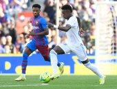 برشلونة ضد الريال.. ألابا يتقدم للملكي في الدقيقة 32 بالكلاسيكو.. فيديو