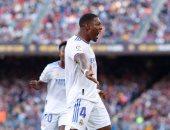 ريال مدريد يتقدم على برشلونة بصاروخ ألابا فى شوط الكلاسيكو الأول.. فيديو