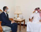 سفير مصر في الدوحة يلتقي وزير الدولة القطرى للشئون الخارجية
