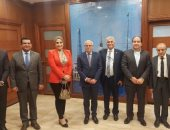 لقيد الشركات بالبورصة المصرية.. محافظ بورسعيد يلتقى ممثلى جمعية رجال الأعمال