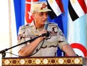وزير الدفاع يشهد المرحلة الرئيسية لمشروع تكتيكى بإحدى وحدات الجيش الثالث الميدانى