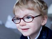 ملاهى تمنع طفلة بريطانية ترتدى نظارة طبية من الألعاب المطاطية