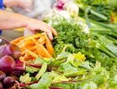 على غرار الطماطم.. أسعار الفاصوليا والثوم والبامية تصاب بالجنون بسوق العبور