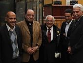 وصول نظيف محكمة جنايات القاهرة لجلسة الحكم عليه فى اللوحات المعدنية