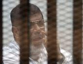 """قضية جديدة للمعزول.. النيابة توجه لـ""""مرسى"""" تهمة حشد الإخوان فى """"رابعة"""""""