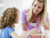 للأمهات.. 3 أطعمة لا تكثرى منها لطفلك حتى سن 3 سنوات