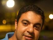 """""""أحنا متراقبين"""" كتاب يصدر من قلب مواقع التواصل الاجتماعى.. محمد ريان: لدىّ مشروع ثقافى لتوثيق كل ما يجرى """"إلكترونيًا"""".. والهاشتاج كان دافعا أساسيا لفكرة الكتاب.. وصفحات الشباب كانت أهم مصادرى"""