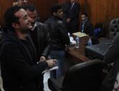 """بالفيديو.. تأجيل استئناف """"دومة وماهر ومحمد عادل"""" على حكم حبسهم 6 أشهر لـ 15 مايو"""