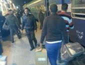 """صحافة المواطن.. قارئ يشكو من تأخير مواعيد القطارات بمحطة """"مصر"""" بدون أسباب"""