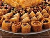 """مين """"أم على"""" ومتى أكل المصريون """"صوابع زينب""""؟ أسامى الحلويات أصلها ستات"""