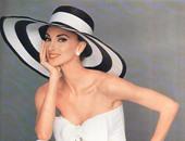 """بالصور.. قبل توقيع اتفاقية التبادل السياحى بين اليونان ومصر.. تعرف على وزيرة السياحة اليونانية إيلينا كونتورا.. من مواليد 1962 وعملت كعارضة أزياء.. و""""CNN"""" اختارتها كأكثر السيدات جمالا فى العالم"""