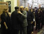 انتهاء عزاء الكاتب الكبير علاء الديب فى مسجد عمر مكرم