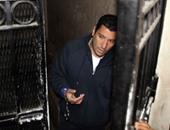 وصول إسلام بحيرى لمحكمة جنوب القاهرة لحضور الاستشكال على حبسه عامًا