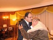 ننشر فيديو لقاء وزير الداخلية بوالد قتيل الدرب الأحمر