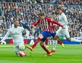 أتلتيكو مدريد يفقد مدافعه أمام برشلونة بالدورى الإسبانى