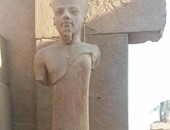 """سخرية على """"فيس بوك"""" من صورة لترميم تمثال  بالكرنك.. والآثار: دى من 50سنة"""