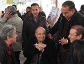 """وصول جمال العدل ورمسيس مرزوق وسامح سليم مقر انتخابات """"السينمائيين"""""""