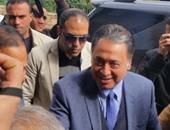 """وزير الصحة يقرر نقل المصابين بالعمى من """"رمد طنطا"""" لـ""""دار الشفاء"""" بالقاهرة"""