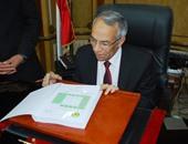 محافظ شمال سيناء يغادر العريش للمشاركة فى اجتماع لجنة تنمية وإعمار سيناء