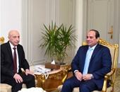 السيسى يؤكد دعم مصر للعملية السياسية فى ليبيا ورفع الحظر عن جيشها