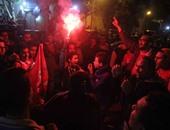 جمهور الاهلى ينهى احتفالاته ويغادر مقر الجزيرة